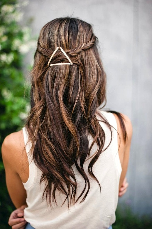 7-Le-Fashion-Blog-17-Inspiring-Long-Hairstyles-Wavy-Half-Up-Twist-Clips-Via-Hello-Darlings