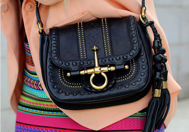 embedded_cross-body-bag