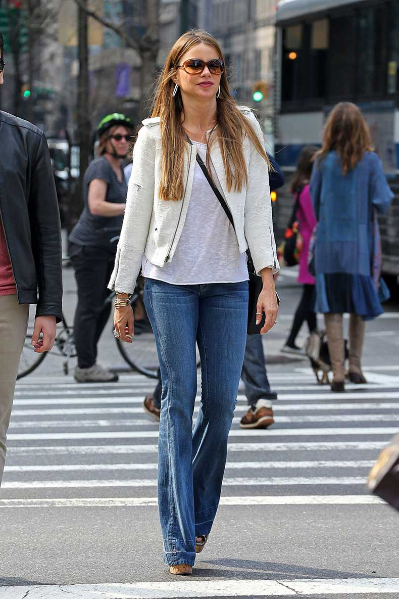 sofia-vergara-in-jeans-out-in-new-york-city-april-2014_6
