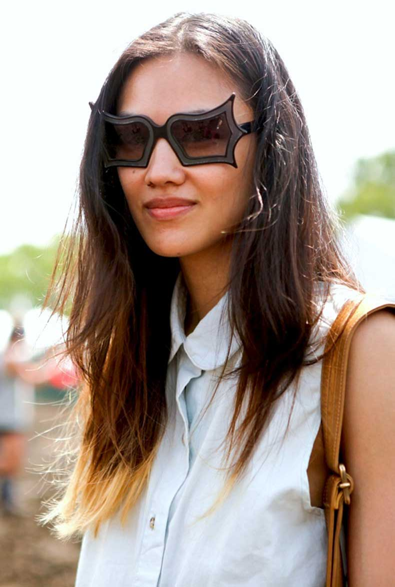 street-style-white-collared-shirts-statement-sunglasses-1