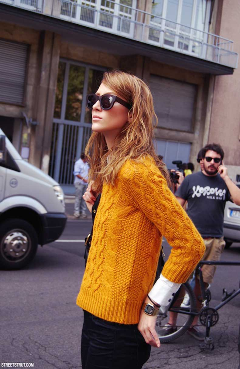 STREET-STYLE-MUSTARD-CABLE-KNIT-2