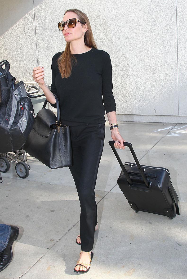 Angelina-Jolie-wore-all-black-including-pair-tuxedo-pants