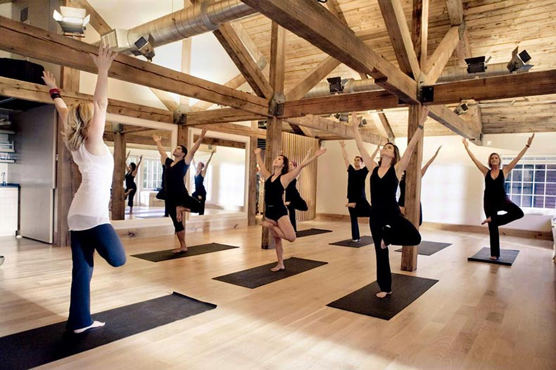 yoga-class---tree-pose_full