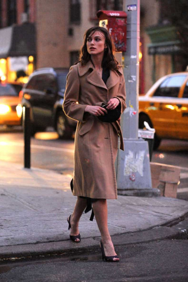elle-20-keira-knightley-trench-coat