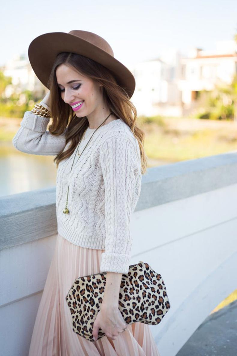 knitted-cropped-sweater
