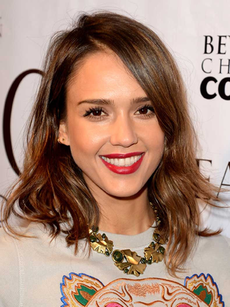 medium-skin-toffee-brown-hair-jessica-alba