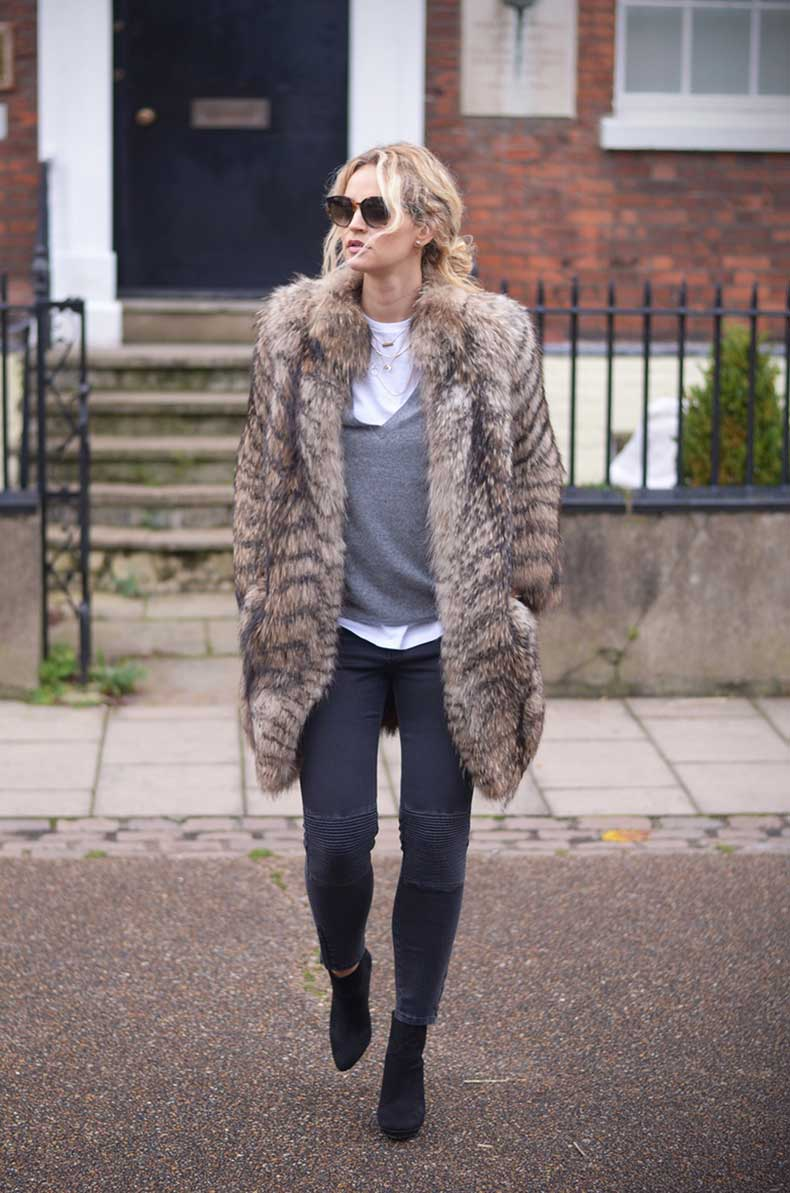fur-coats-winter-2015-5