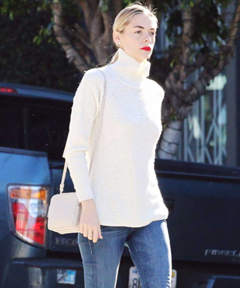 total-beauty-turtlenecks-jaime-king