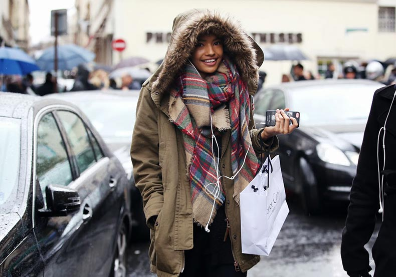 chunky-scarves-street-style-4
