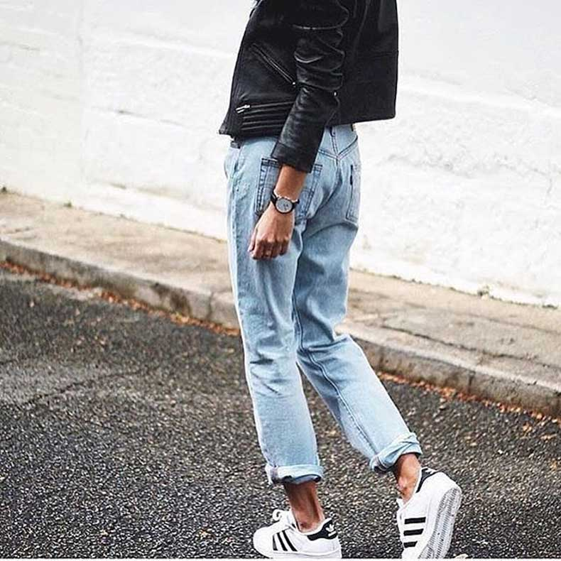 Boyfriend-Jeans-Your-Adidas-Sneakers