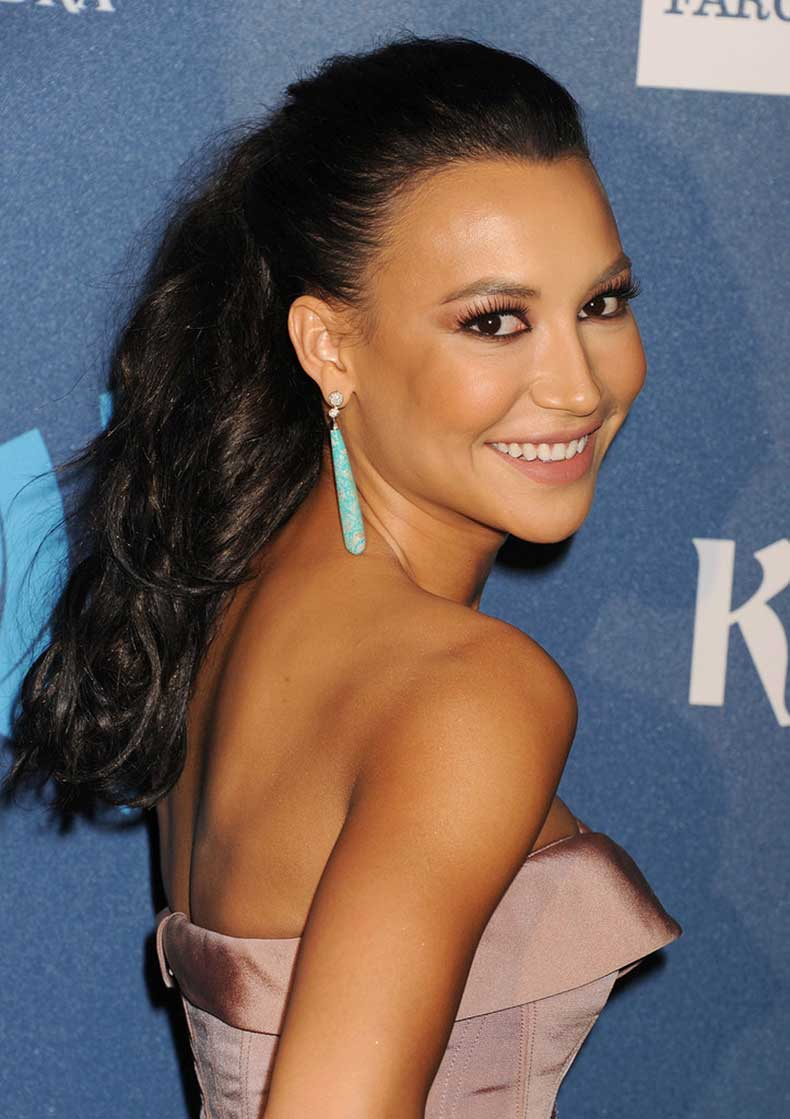 Even-you-dont-have-full-curls-like-Naya-Rivera-you-can-get