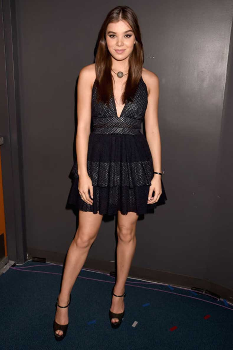1449199920-hbz-lbd-2015-gettyimages-486027312-sophie-theallet