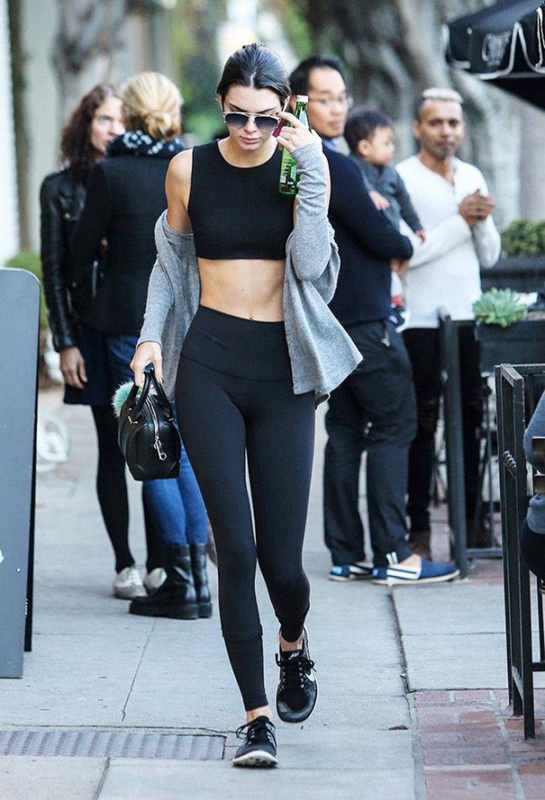 the-h-ing-trick-kendall-jenners-new-trend-you-need-to-try-1627773-1453247440.640x0c