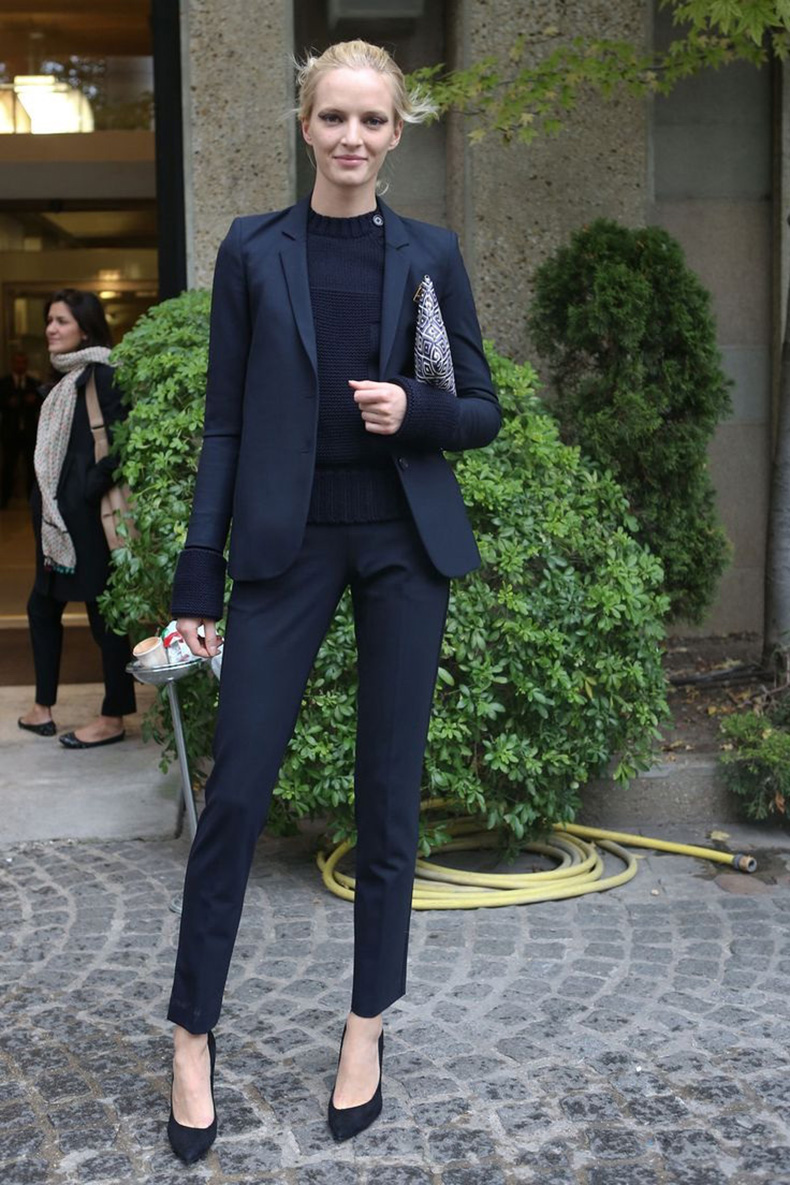 Power-Suits-For-Women-Street-Style-Looks-15