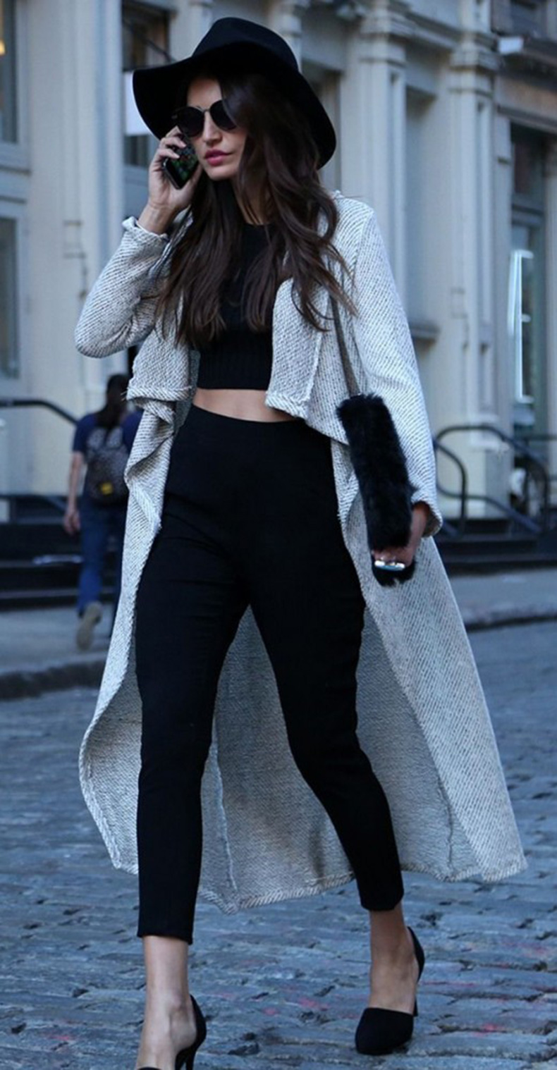 winter-crop-top-outfit-idea-520x999