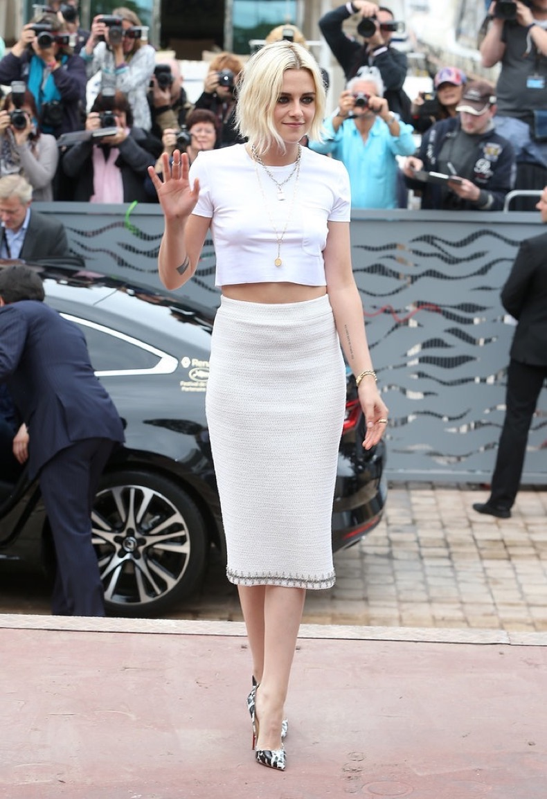 Kristen-Stewart-all-white-Chanel-her-Café-Society