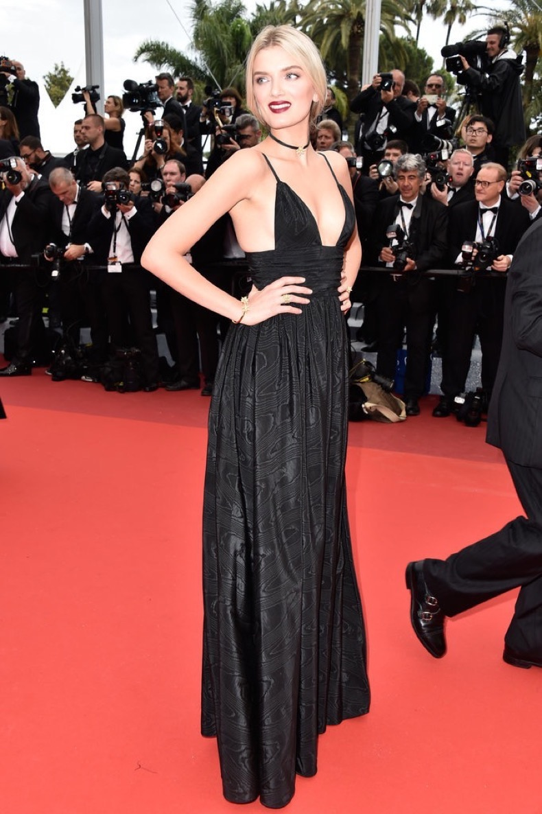 Lily-Donaldson-added-chocker-her-black-gown-Café-Society