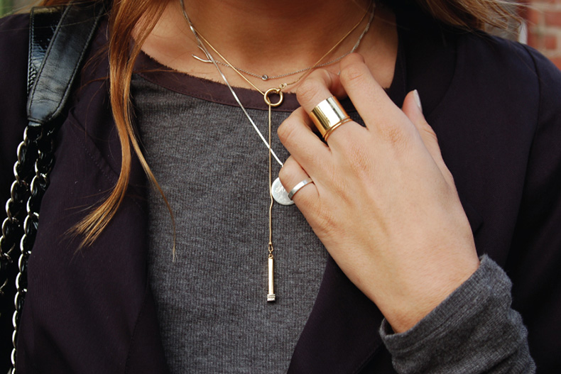 layered-gold-necklace-street-style-look-style-doctors-stylists