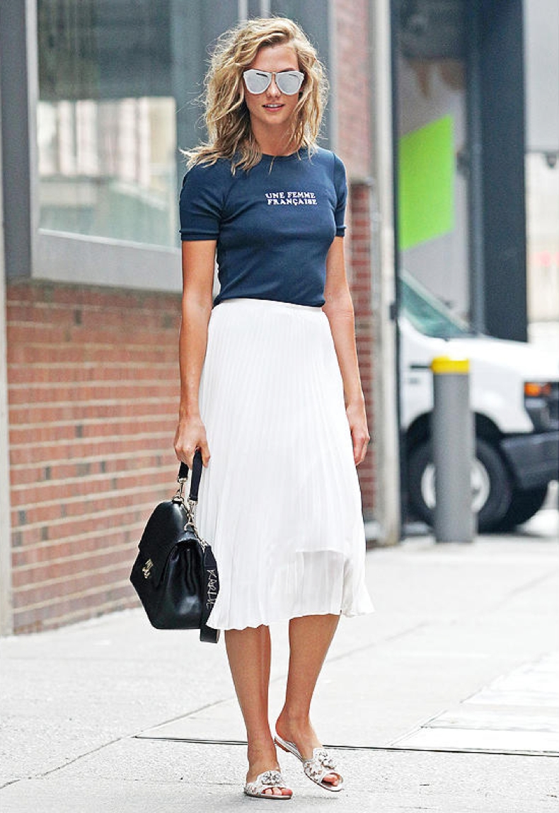 61-model-karlie-kloss-wears-flats-because-shed-look-like-a-crazy-woman-on-the-nyc-subway_1