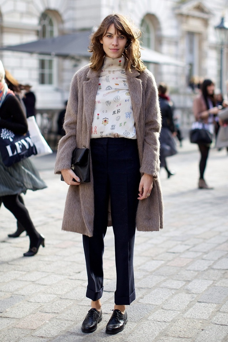 Alexa-Chung-street-style-brogues-fluffy-coat