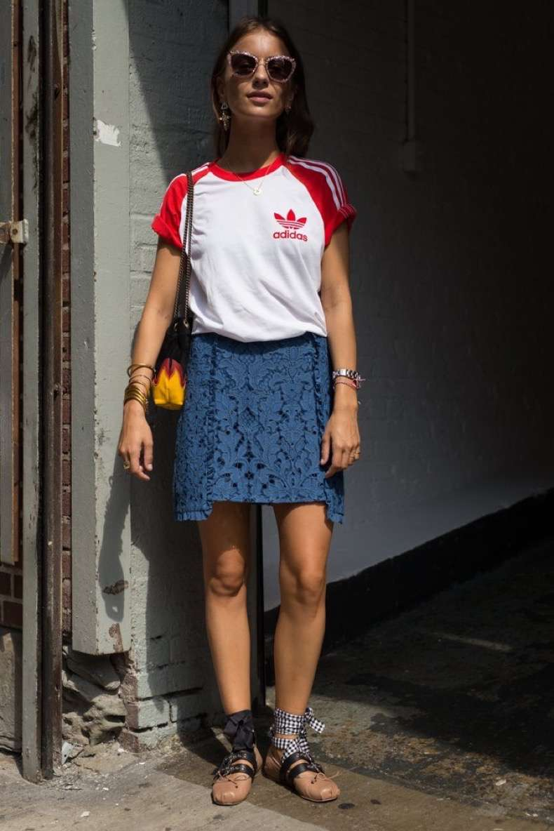 graphic-tees-street-style-trend-fashion-week-spring-2017-8