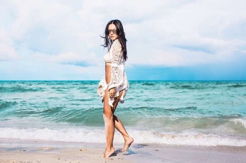 it-girl-secrets-to-being-best-dressed-on-vacation-1873337-1471472381-640x0c
