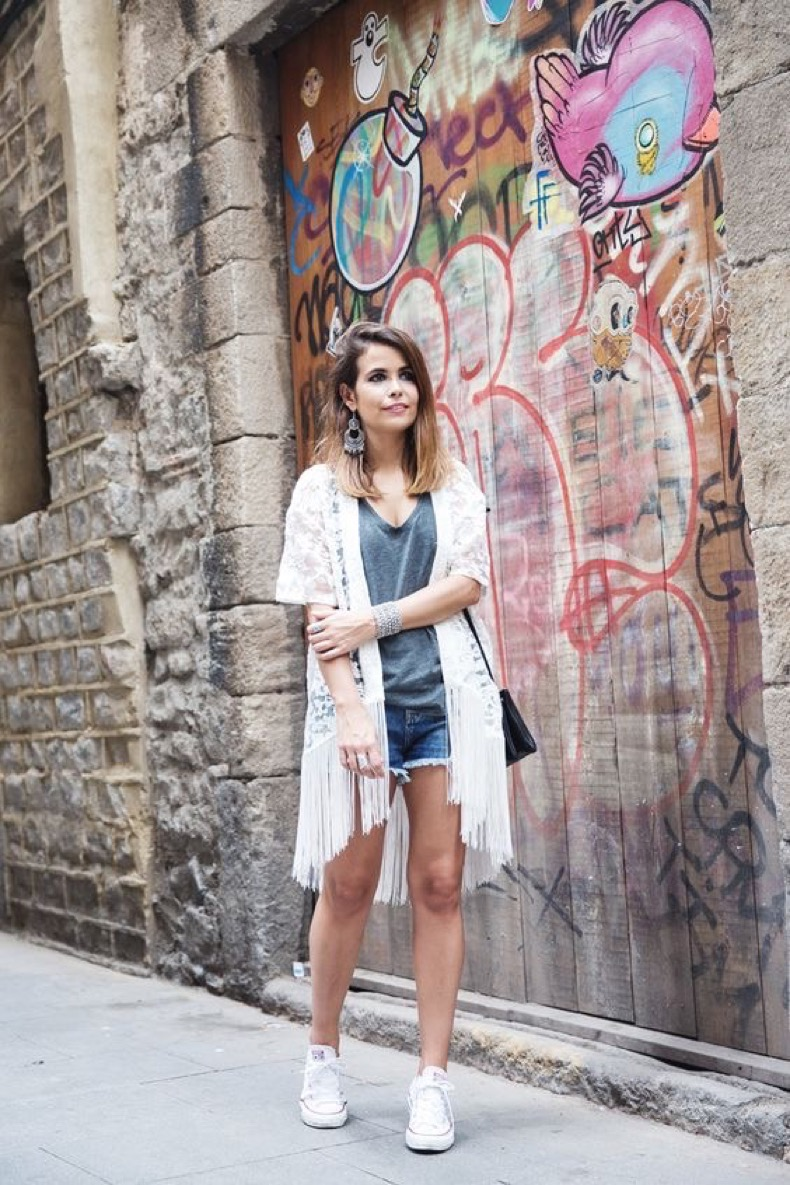1465593866_373_how-to-wear-white-converse-with-absolutely-everything