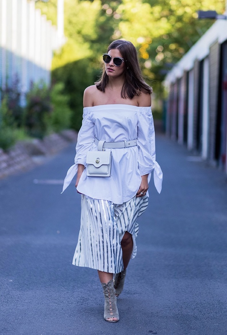 how-to-wear-stripes-summer-getty-03